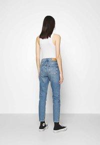 Gina Tricot - TOVE ORIGINAL - Slim fit jeans - blue - 2