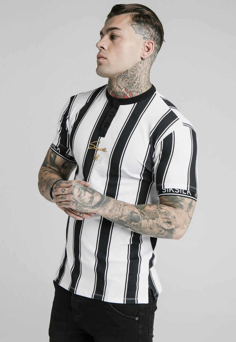 SIKSILK - T-shirt con stampa - black  white