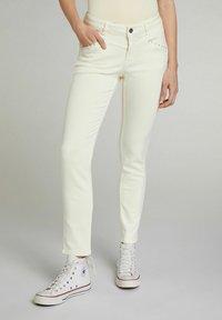 Oui - Slim fit jeans - flan - 0