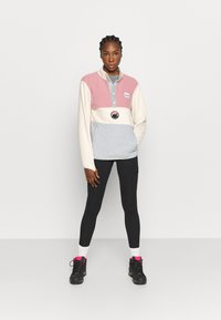Eivy - MOUNTAIN - Fleece jumper - off-white