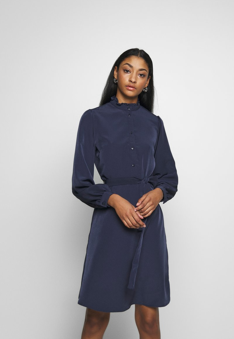 Vila - VISIMPLE BUTTON TIE DRESS - Skjortekjole - navy blazer