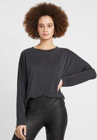 Monki - CLAUDIA - Long sleeved top - black - 0