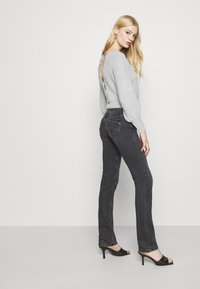 Pepe Jeans - SATURN - Straight leg jeans - black denim - 5