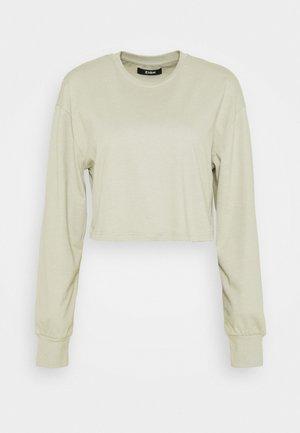 Botanical dyed top - Langærmede T-shirts - olive