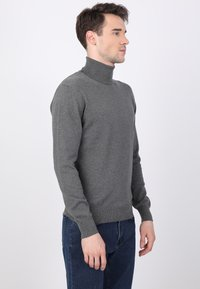 Basics and More - Jumper - antracite - 3