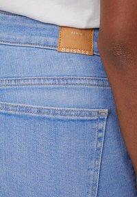 Bershka - MIT HOHEM BUND  - Skinny džíny - light blue - 4