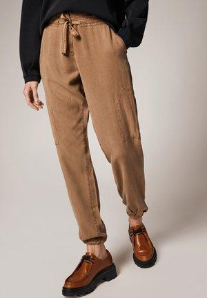 Trousers - mudbrown