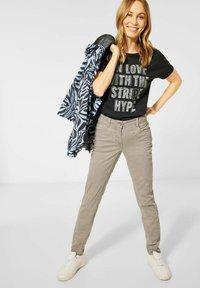 Cecil - Slim fit jeans - beige - 1