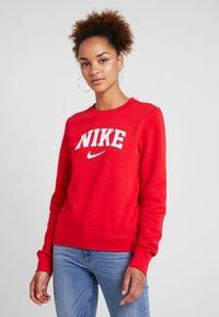 Nike Sportswear - CREW - Sweatshirt - university red/white - 0