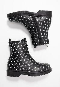 shoeb76 - Šněrovací kotníkové boty - black - 0