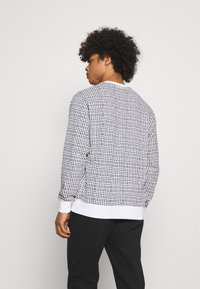 Nike Sportswear - CLUB CREW GRID - Sweatshirt - white - 2