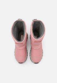 Hunter ORIGINAL - WOMENS ORIGINAL INSULATED SHORT - Vinterstøvler - quartz pink - 5