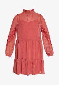 Vero Moda Petite - VMINGEBORG SHORT DRESS - Hverdagskjoler - marsala - 3