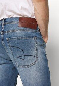 Baldessarini - JACK - Straight leg jeans - blue - 5