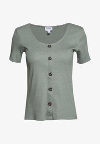 Vero Moda - VMHELSINKI NOOS - Camiseta estampada - laurel wreath - 0