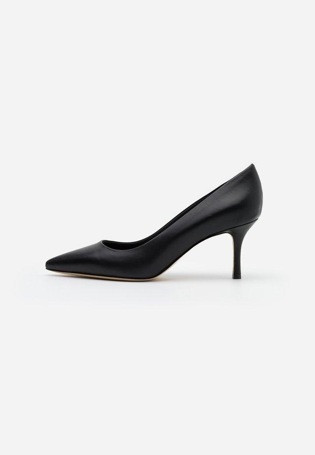 ORIETTA - Classic heels - schwarz