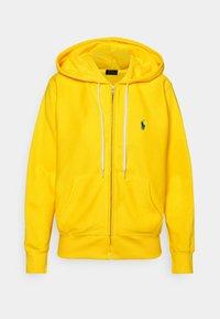 FEATHERWEIGHT - Zip-up hoodie - university yellow