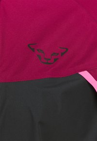 Dynafit - ALPINE - Hardshell jacket - beet red - 2