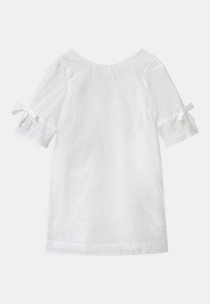 Koktejlové šaty/ šaty na párty - blanc