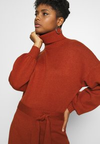 Fashion Union - LEOTI - Jumper dress - brown - 4