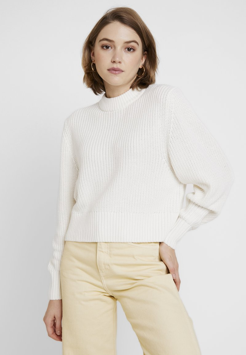 Monki - AGATA BASIC - Strikkegenser - white light