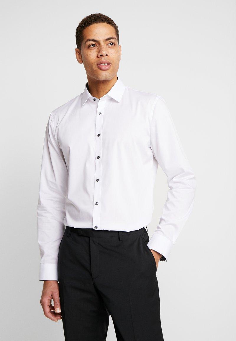 OLYMP No. Six - OLYMP NO.6 SUPER SLIM FIT  - Formal shirt - weiss