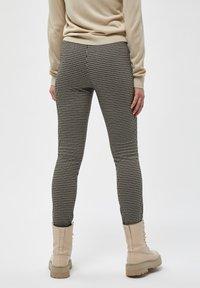 Desires - ENINNA  - Leggings - Trousers - black - 2