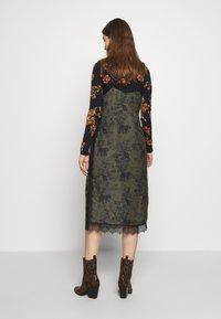 AllSaints - SKY STRENGTH DRESS - Kjole - khaki/green - 3