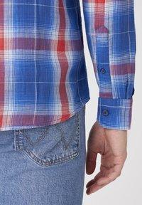 Wrangler - Shirt - limoges blue - 4