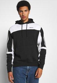 adidas Originals - CLASSICS HOODY - Hoodie - black/white - 0
