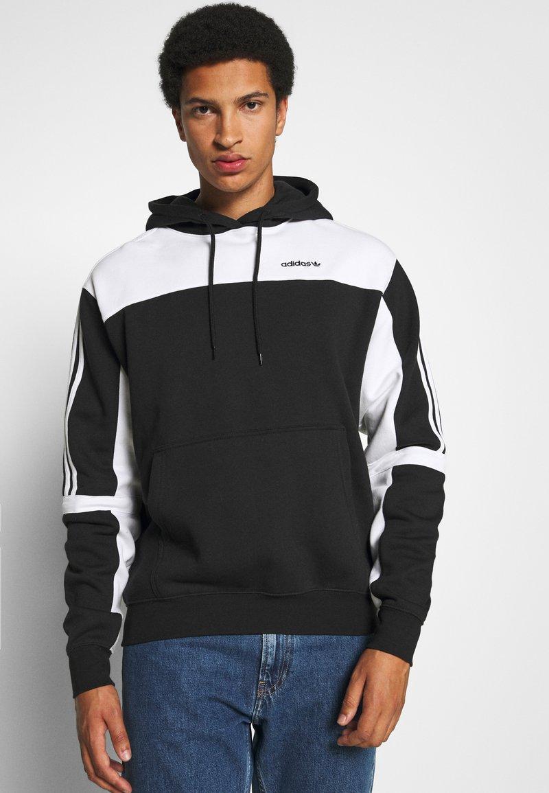 adidas Originals - CLASSICS HOODY - Hoodie - black/white