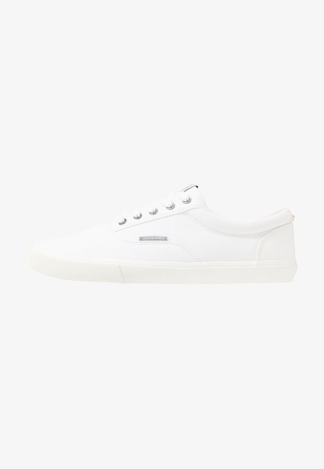 JFWVISION - Trainers - white