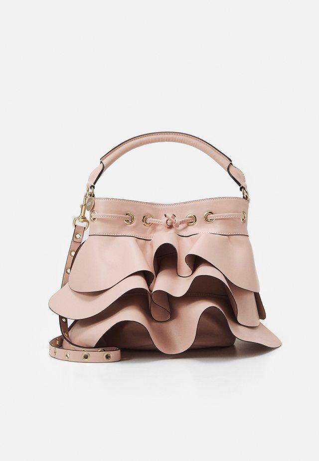 ROCK RUFFLE BUCKET SHOULDER - Handbag - nude