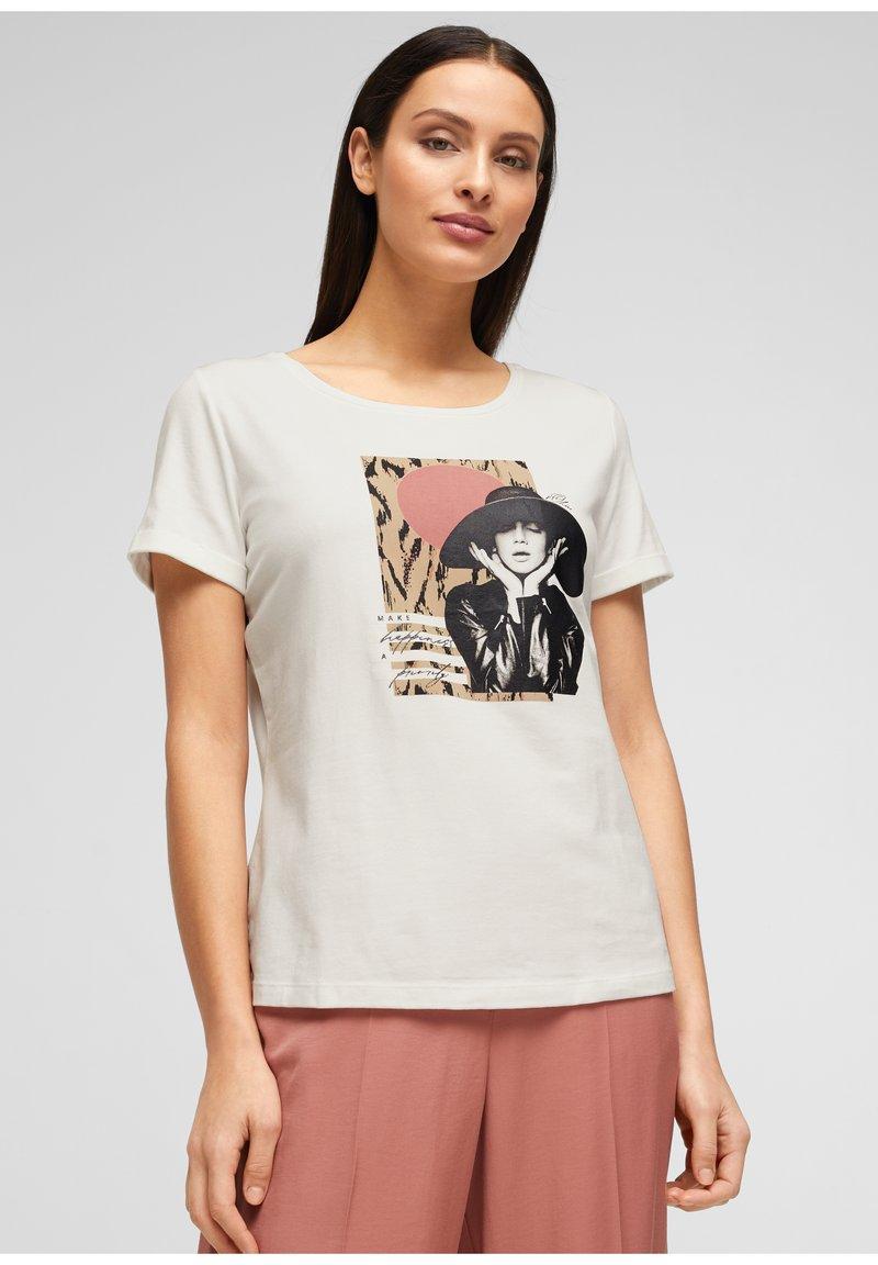 s.Oliver BLACK LABEL - MIT FRONTPRINT - Print T-shirt - white