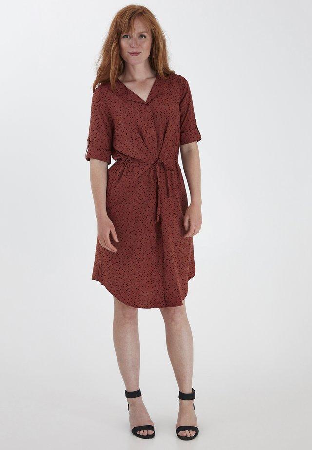 FRHAZAVISK  - Day dress - barn red mix
