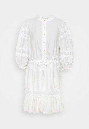 ELLE DRESS - Denní šaty - white