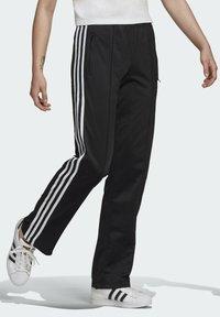 adidas Originals - FIREBIRD TP PB - Pantalon de survêtement - black - 2