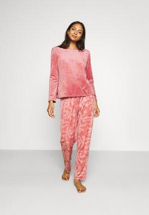 Pyjama - bricks red