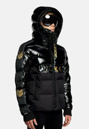 Gewatteerde jas - black/wet black/gold