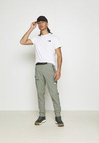 The North Face - LIGHTNING PANT - Kalhoty - agave green - 1