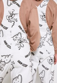 AS IF Clothing - RIZZO MOUSE DUNGAREE UNISEX - Snekkerbukse - white - 5