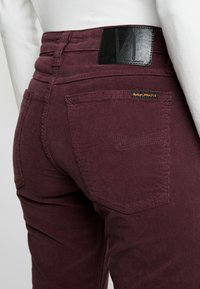 Nudie Jeans - SKINNY LIN - Kangashousut - burgundy - 6