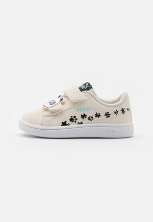 SMASH V2 SUMMER ANIMALS - Sneaker low - eggnog/black