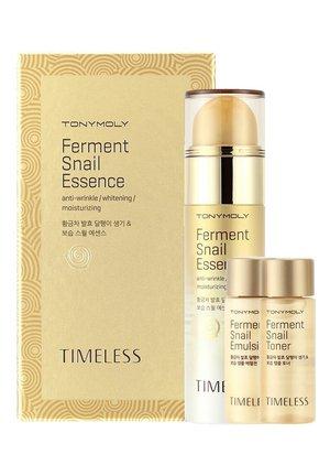 TONYMOLY TIMELESS FERMENT SNAIL ESSENCE SET - Skincare set - no colour