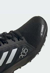 adidas Performance - TERREX SPEED FLOW  - Obuwie do biegania Szlak - black - 6