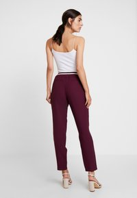 Betty & Co - LANG - Trousers - purple red - 3