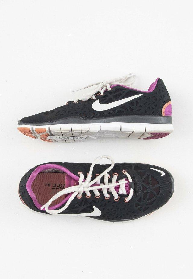 Chaussures d'entraînement et de fitness - black