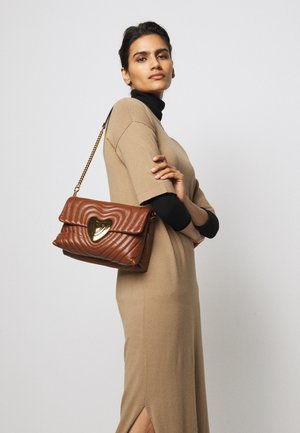 SHOULDER BAG - Handbag - cognac
