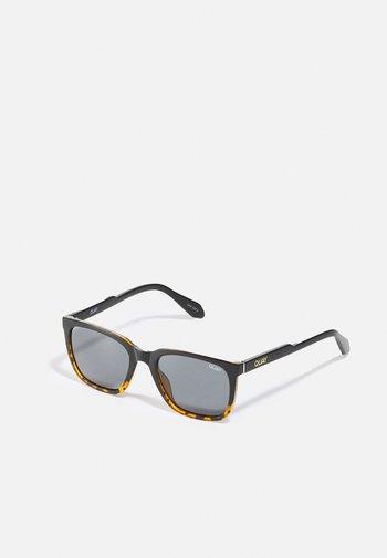 LEGACY - Sunglasses - black/smoke