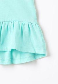 Zalando Essentials Kids - T-shirt print - aruba blue - 4